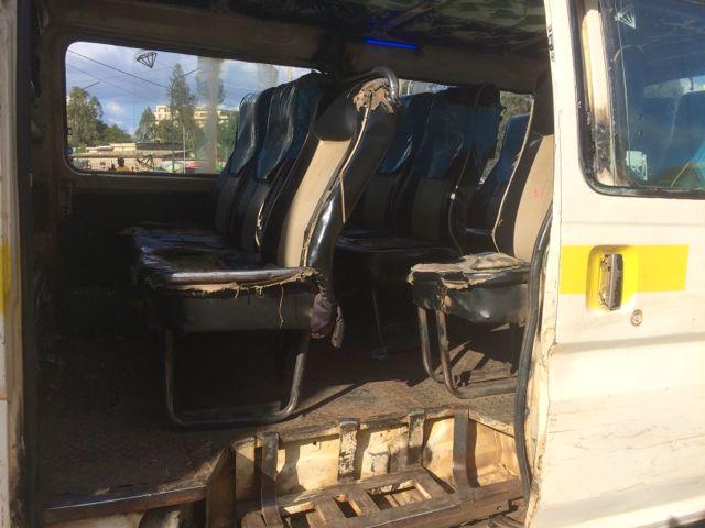 Matatu, Nairobis kollektivtrafik. Åkte en idag. Vad sägs om sätet!