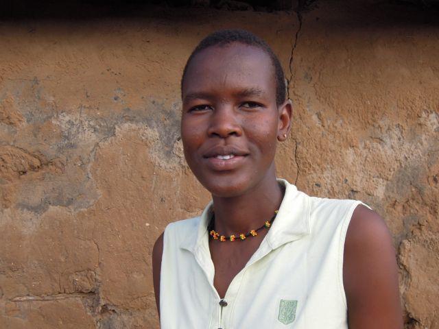Triza Amoni, nybakad student med drömmar och ambitioner!
