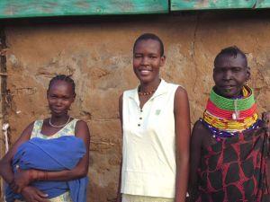 Triza med syster, systerdotter och sin gamla, förståndiga mamma!
