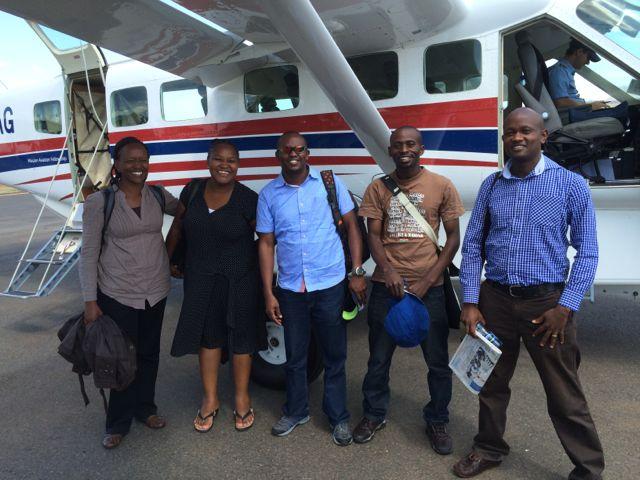 Besökare från World Relief, I Choose Life och en kyrkor i Nairobi